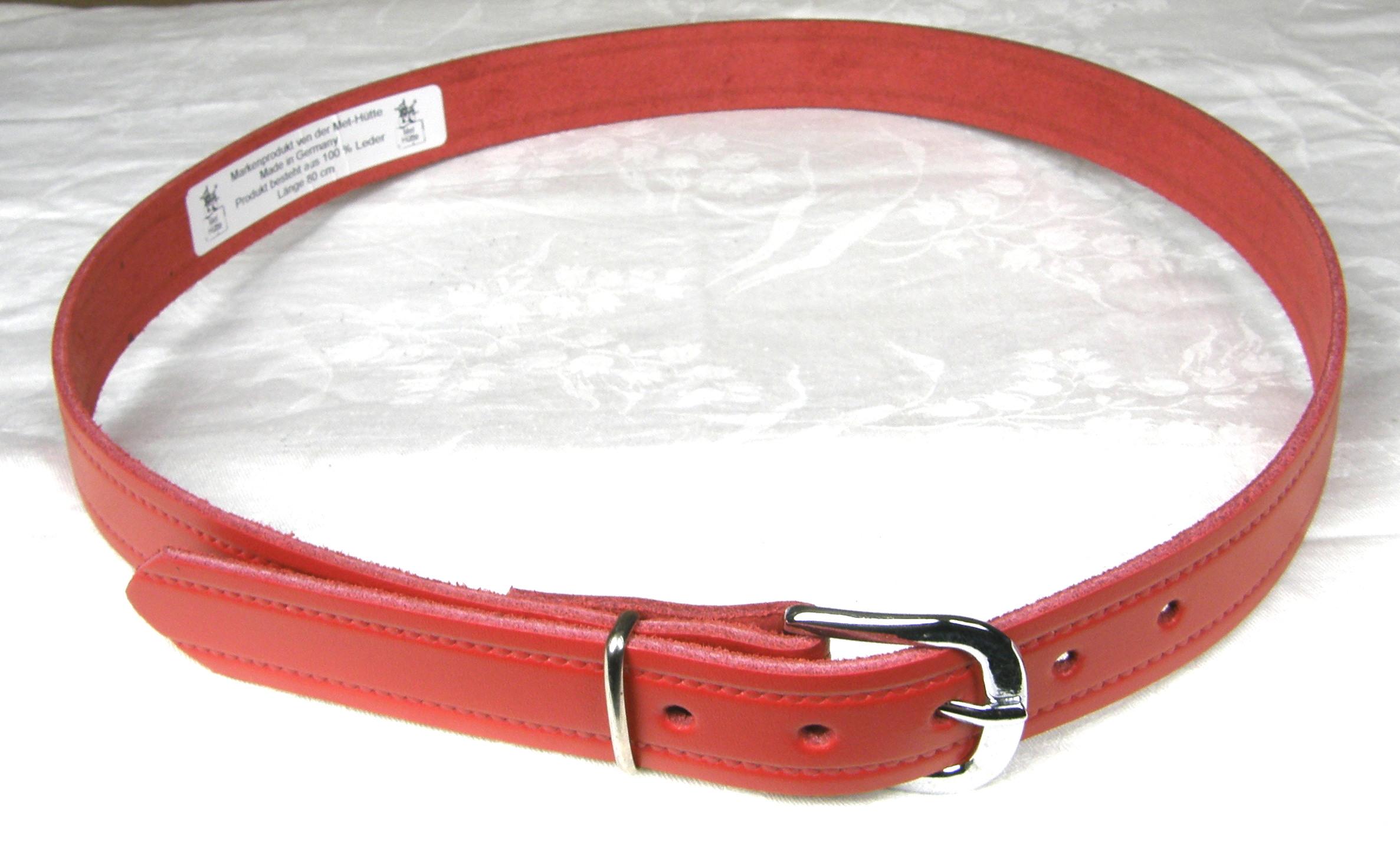 a65c1e3d662154 Met Hütte | Detailansicht | Ledergürtel aus 100% Leder | Gürtel rot ...